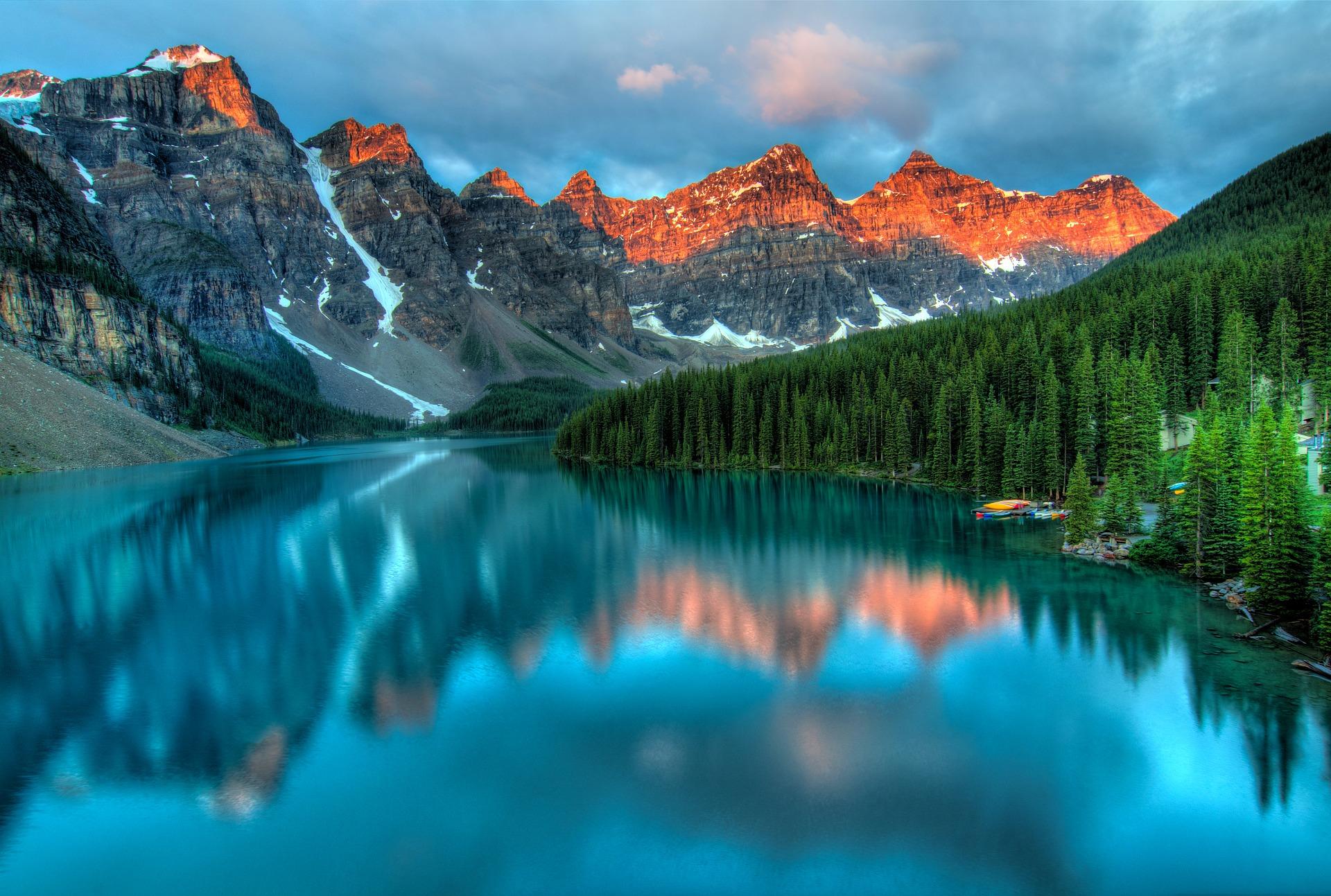 Velika, mirna voda- yin, oštri vrhovi planina - yang